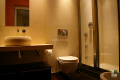 Bagno in pietra Moka Cream con lavabo a massello