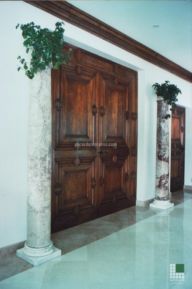 Dallage et salles de bain en marbre dans une villa à garmisch ...