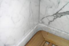 Particolare doccia in marmo Statuarietto