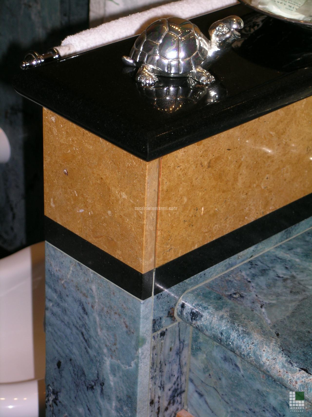 Salles de bain en marbre dans une résidence à rome   sacerdote ...