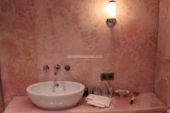 Bagno in Onice Rosa