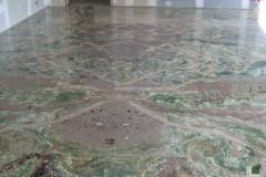 Pavimento in Onice Smeraldo a macchia aperta