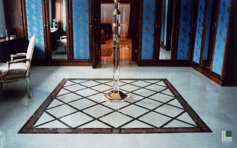 dallage et salles de bain en marbre dans une villa garmisch partenkirchen sacerdote marmi. Black Bedroom Furniture Sets. Home Design Ideas