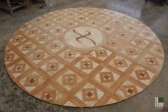 Preposa pavimento in Onice Rosa, marmo Golden Spider e Rosa Portogallo
