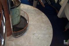 Sbarco ascensori in marmo Palissandro