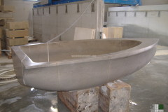 Boat-bathtub realised with Stone Grey