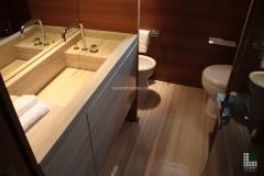 Lavabo e pavimento bagno in pietra Silk Georgette