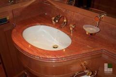 Lavabo in Travertino Rosso Persiano