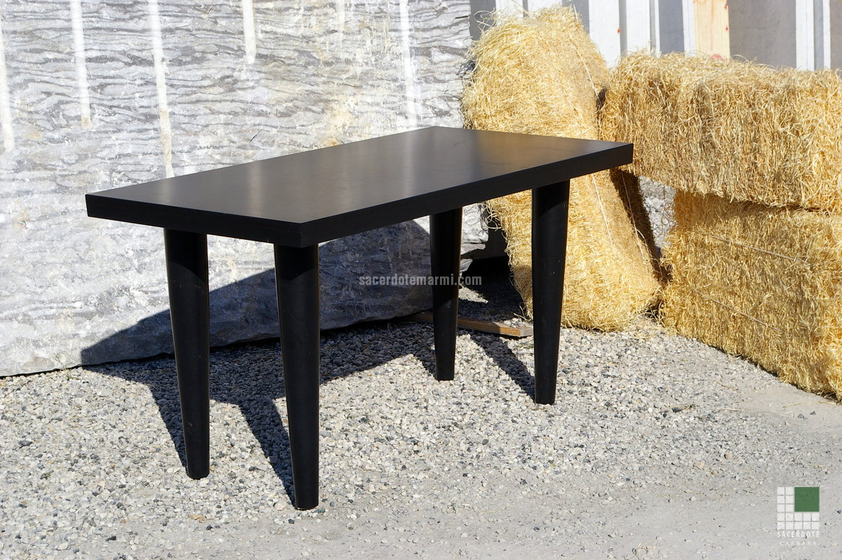 Tables et chemin es en marbre sacerdote marmi carrara for Nettoyer table en marbre