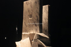 Sculpture realised with Fior di Pesco Apuano marble by Luca Scacchetti