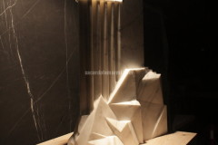 Sculpture realised with White Statuario marble by Luca Scacchetti