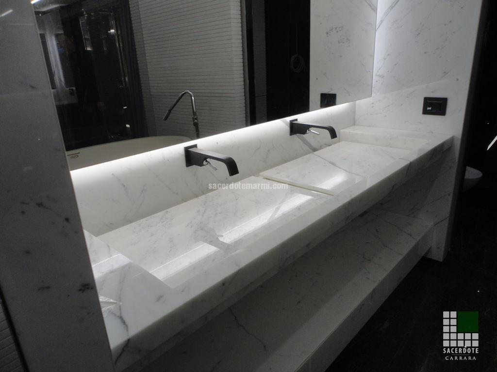 Bagni e mobili yacht ocean paradise sacerdote marmi - Bagno marmo bianco ...