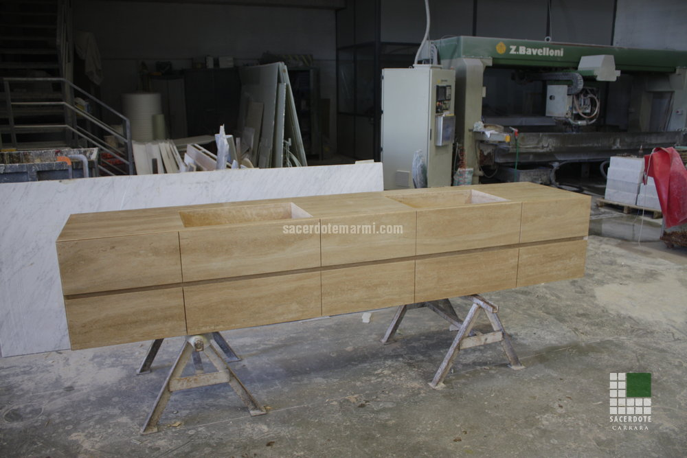 Mobili bagno marmo e legno unico mobili bagno marmo e for Arredo bagno san giuliano milanese
