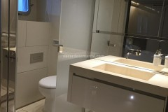 Lavabo e rivestimenti per bagno in Pietra Thala beige