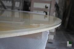 Dettaglio di Onice Arancio incollato su vetro