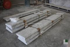 Scalini realizzati in marmo Bianco Carrara